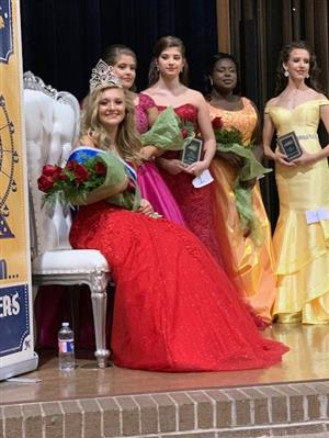 SHHS Junior Miss Cal Cam Wins the Crown!